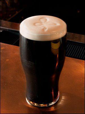 Á TABLE : La crêpe à la bière brune