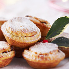 A TABLE : Irish Mince Pies